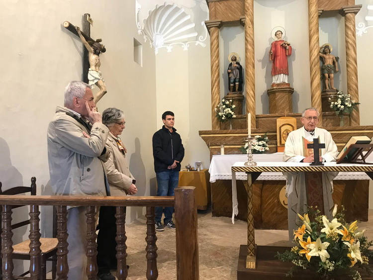 - Mn. Pere Pascual celebrates Thanksgiving Mass on the 57th anniversary of Joan and Maribel's wedding