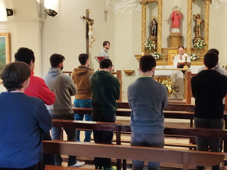 - Mass in the church of Pallerols