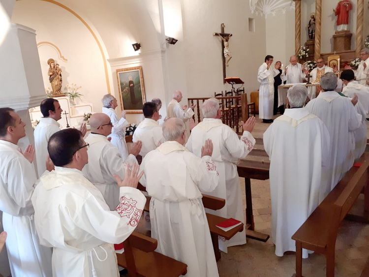 - Concelebration of priests in Pallerols