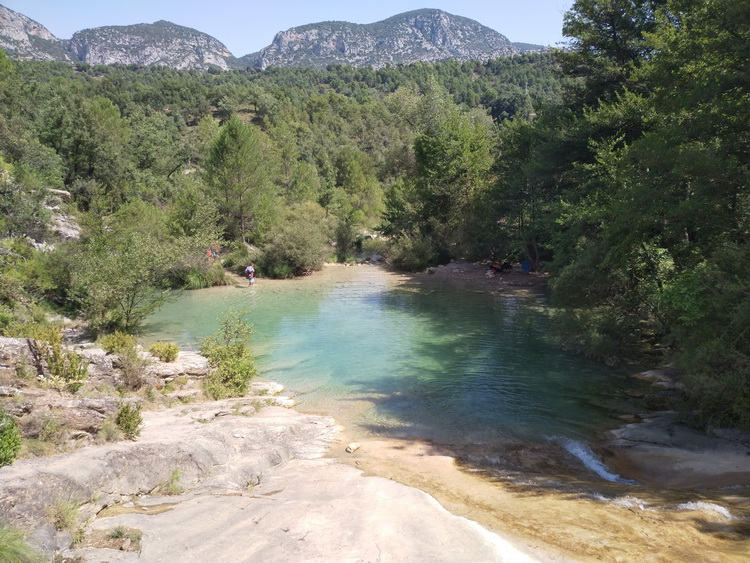 - Bathing in the Valldarques river